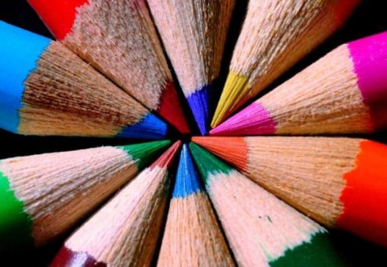 Improve your English – idioms based on colours