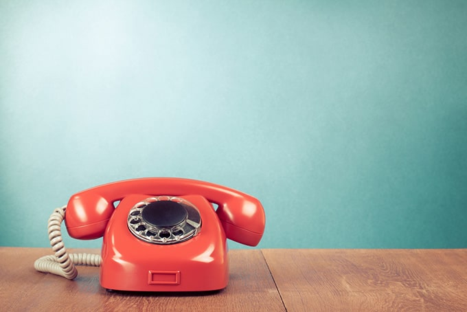Telephone English phrases and tips | EF English Live