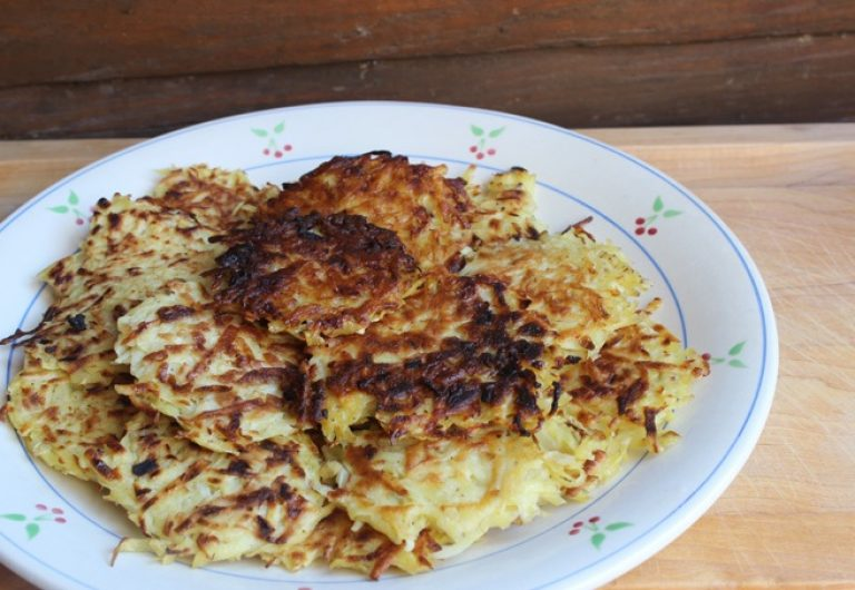EF English Live presenta… Latkes